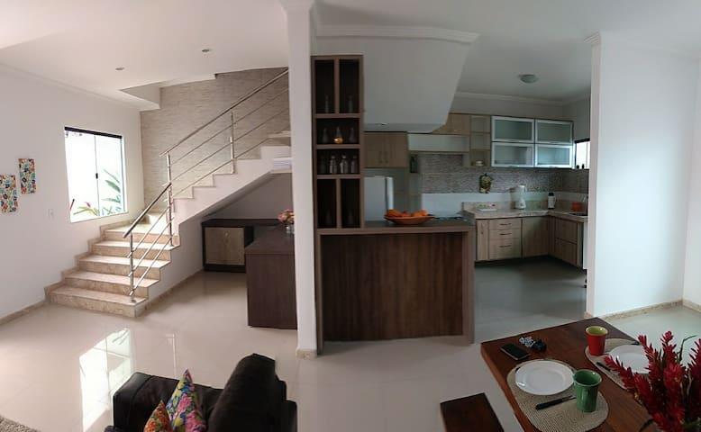 Casa em Porto Seguro a 950 m da praia