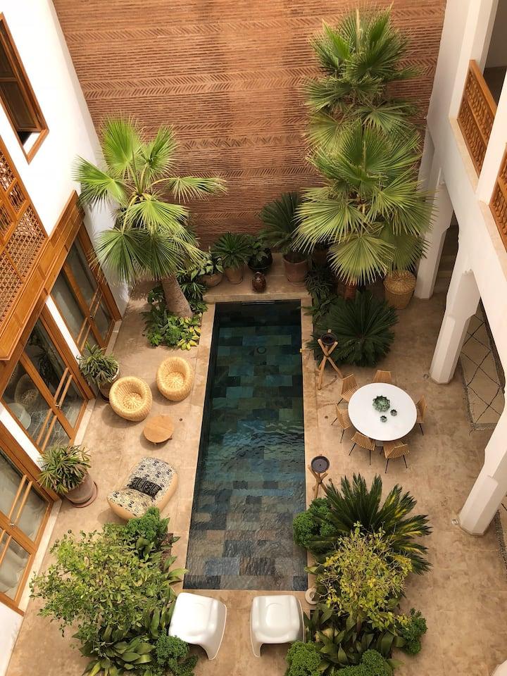 Riad luxueux emplacement sécurise bab Doukkala