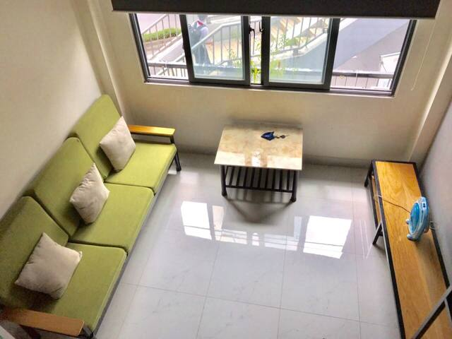 [Airport | 10 mins walk to park] 1BR Apartment
