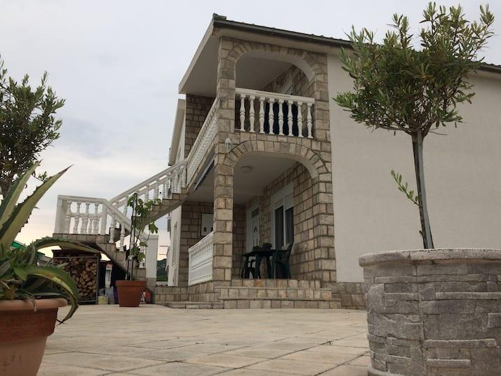 Apartment Olja
