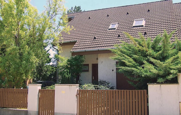 Holiday cottage with 4 bedrooms on 121m² in Fonyód