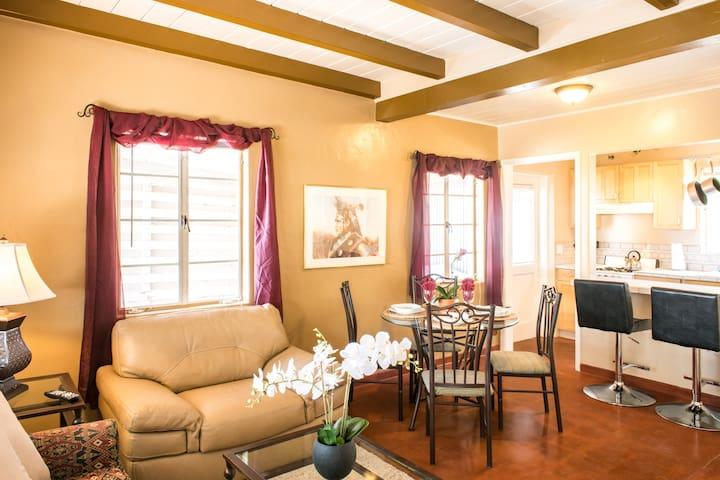 Copper Court Casitas Casita Grande 2 Bedroom Apartments For Rent In Tuc