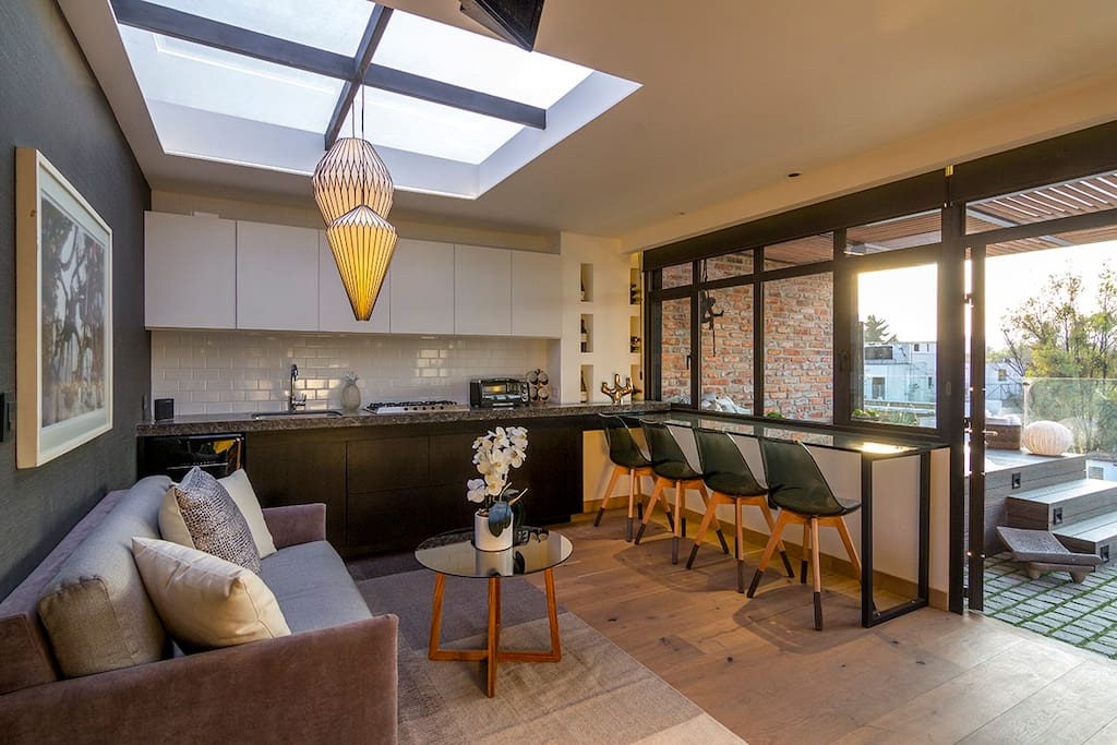 full equipped kitchen and dinning with great view
