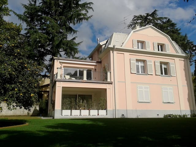 la Casa del  Faggio  Casa Vacanza - Villa Guardia - Wohnung