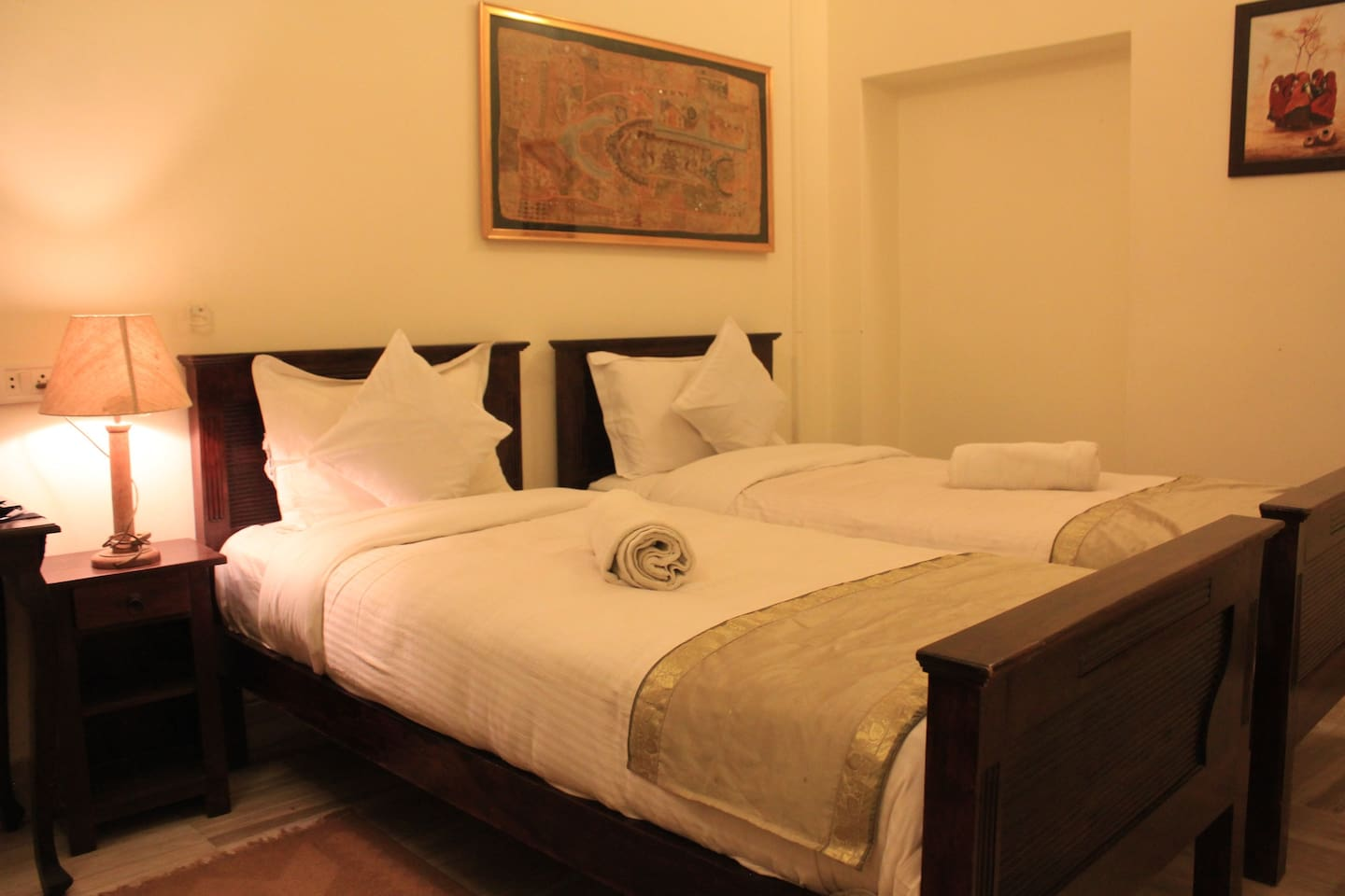 The Twin Beds in the Room!