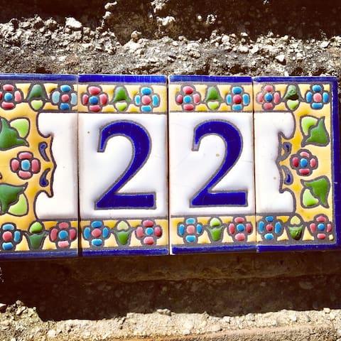 Mi casa es tu casa #22 next to Rome
