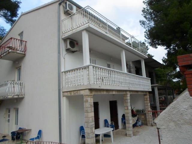Guesthouse Sobra 38