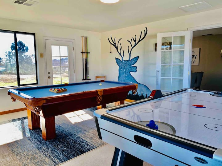 ⭐️⭐️⭐️⭐️⭐️Deer Haven/Hot Tub/Air Hockey/Pool Table