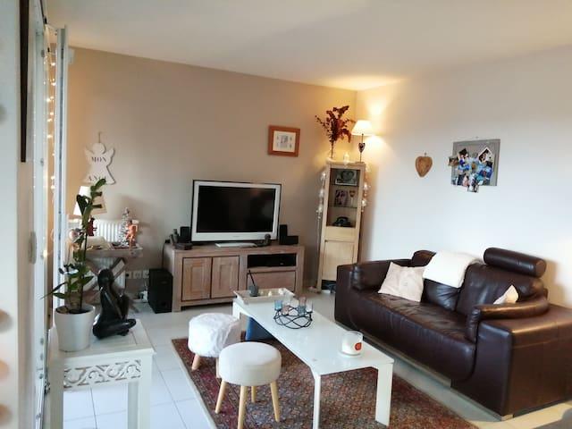 Appartement de 65m², calme, à 10 min d'Annecy