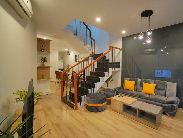 LunaHouse3: 3BR- AC livingroom-3mins MyKhe Beach