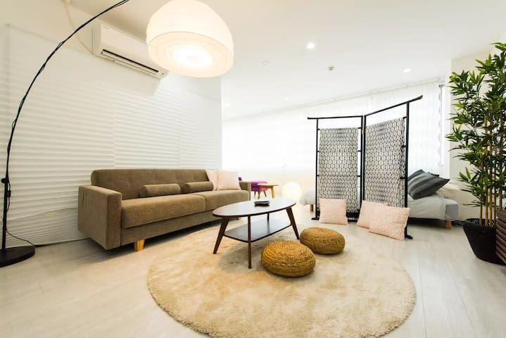 middle of Kyoto/max7/great access/easy WIFI #110