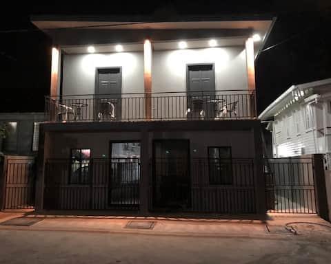 2 Bedroom Luxury Apartment in  Georgetown