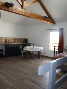 Etape en Beaujolais - Apartment