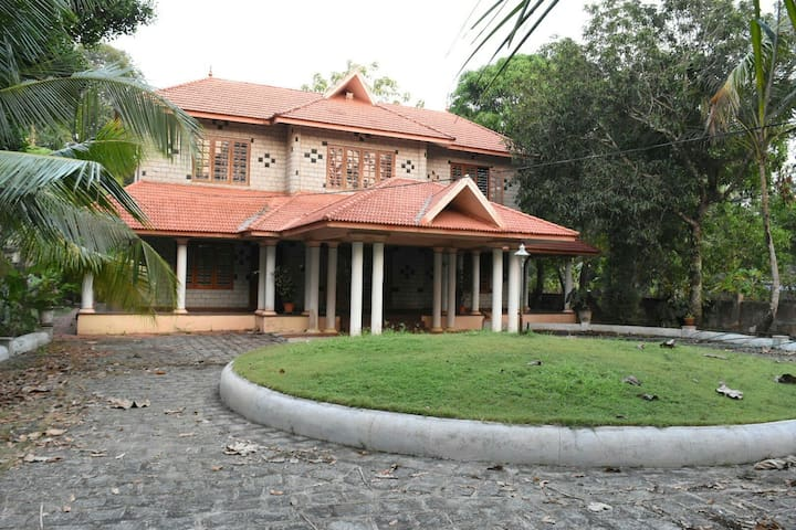 Serene Retreat - Kerala - Villa