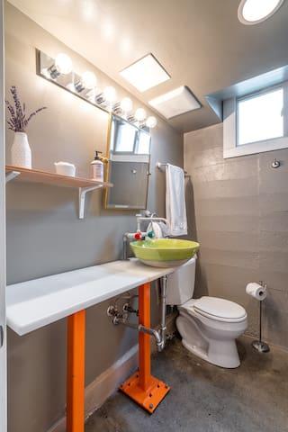 Modern Industrial full bathroom