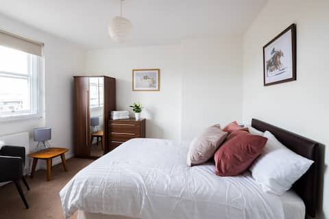 ❤️ Deluxe XL Double Bedroom n.4 ★ FullyServiced