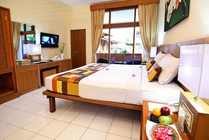 Boutique Resort near Kuta Beach and Beachwalk Mall