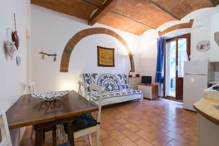 Private Parking, WiFi, small garden : Casa Frank - Florence