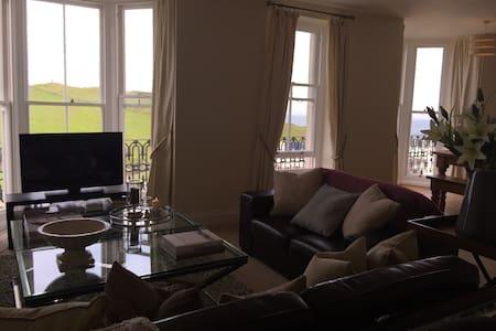 Luxury Sea view Apartment - Ilfracombe - Huoneisto