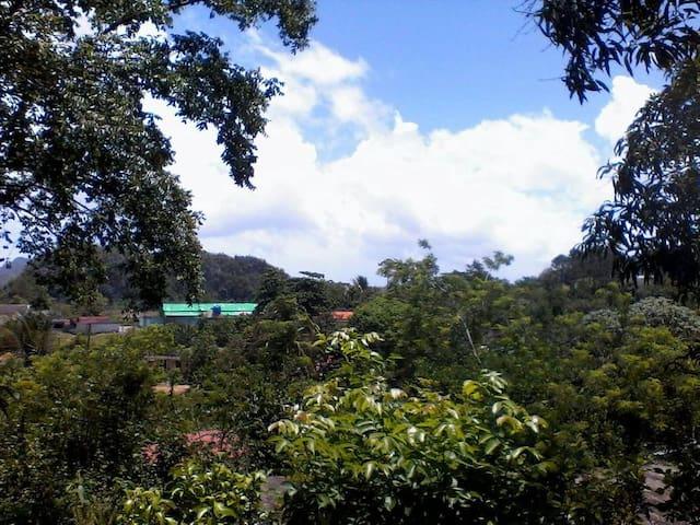 Casa Campo Vista Hermosa Yan Carlos y Airen