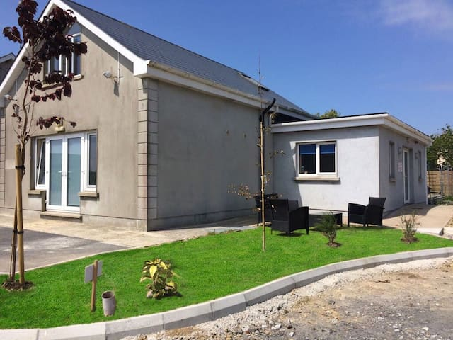 Modern 2/3 Bed Apartment on the Bannow Peninsula.