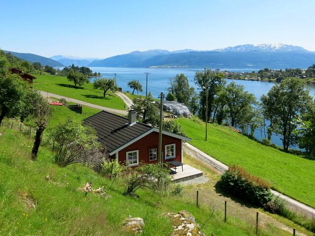 Comfortable holiday home in Sognefjord Sunnfjord Nord