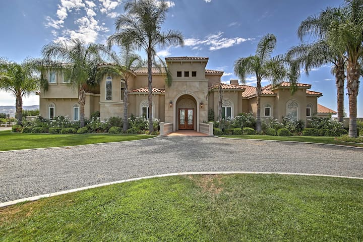 Superb Temecula Estate w/Balconies+Vineyard Views!