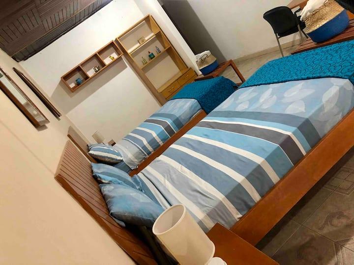 PoseidonGH Hab Superior 2 camas 2plz, aire acondic