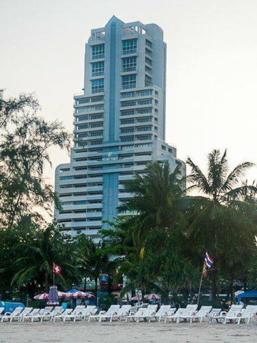 Patong Tower, just 150m from the beach. BEST LOCATION IN PATONG!!!!!