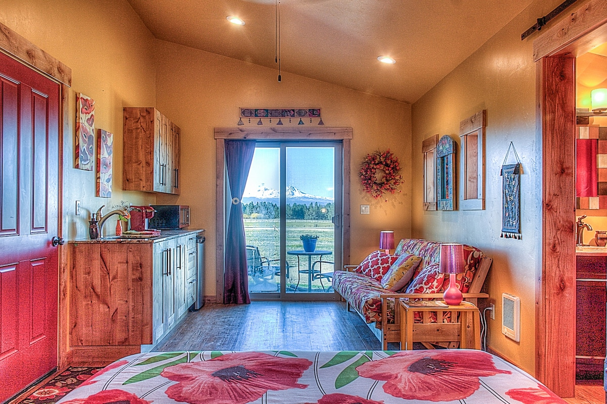 Guest house with mountain views! - Apartments for Rent in Bend ...