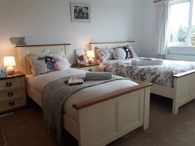 Triple Room Galway Country home