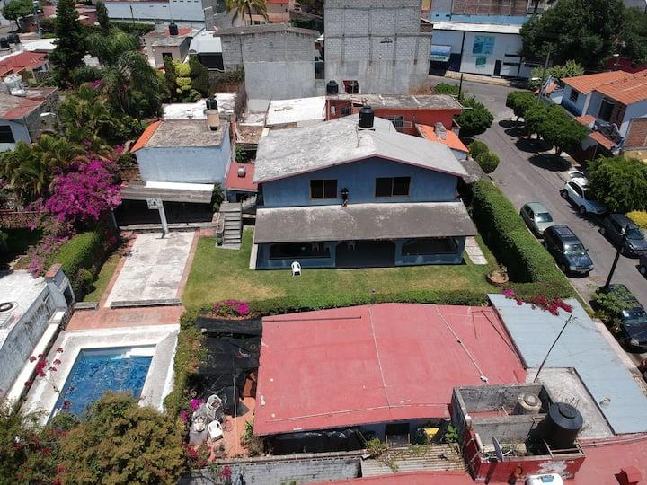 Villa con alberca super amplia a 5mn ctro Jiutepec