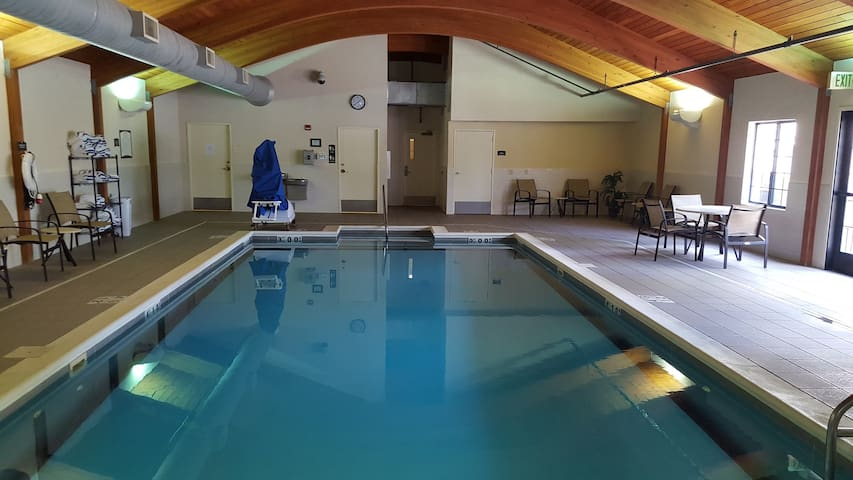 Cozy King Suite | Enjoy Access to the On-Site Pool, Gym, and Business Center. Near University of Illinois Springfield!