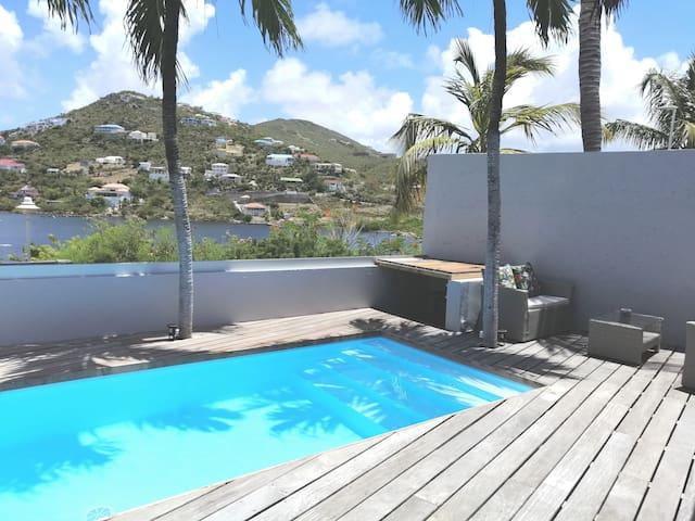 Villa  très confortable avec vue mer