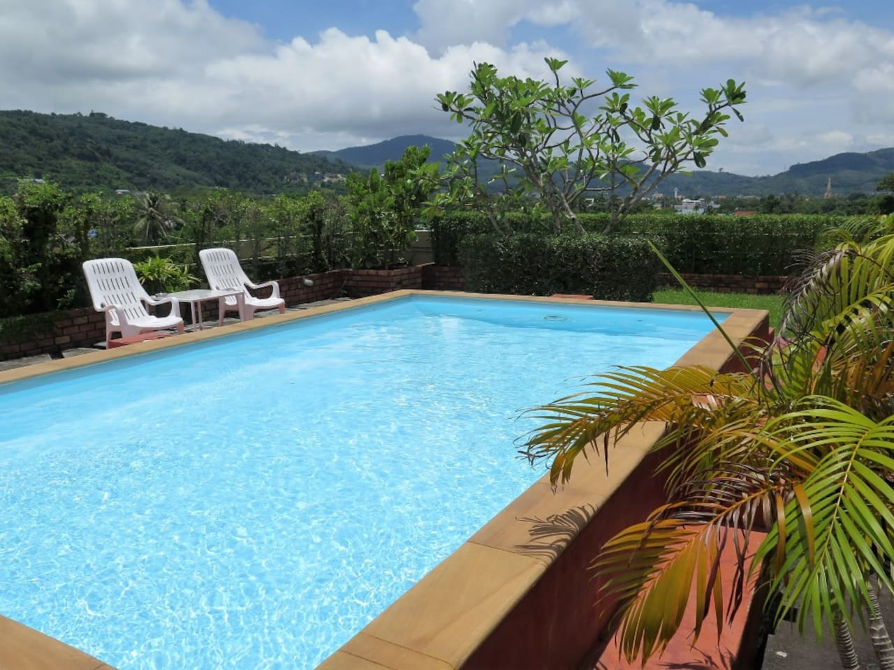 Rooftop pool with views of the Big Buddha