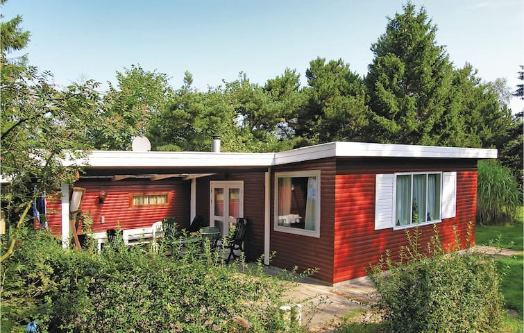 Holiday cottage with 2 bedrooms on 65 m² in Odder