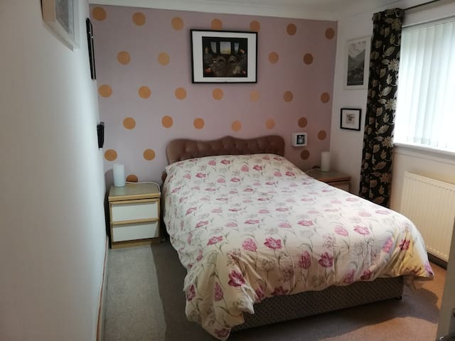 A comfy place in the Kilpatrick Hills & Dumbarton