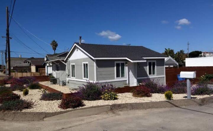 Cozy 3bd 2ba beach house, 3 min from beach