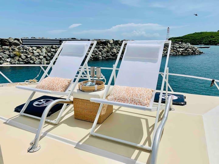 Floating Villa | Escape The Ordinary !
