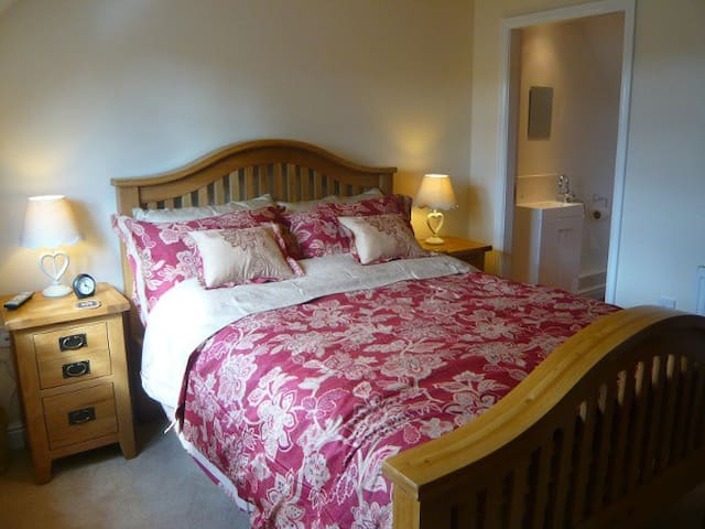 Lovely Ashbourne Apartment Sleeps 4 - Derbyshire - Pis
