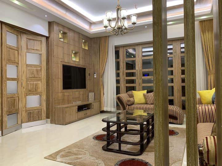 Zafarabaad House