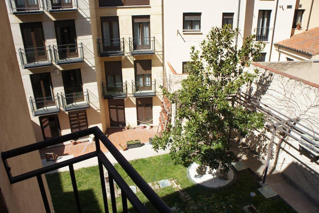 Monumental apartments salamanca 201 apartamentos en alquiler en salamanca castilla y le n espa a - Apartamentos en salamanca ...