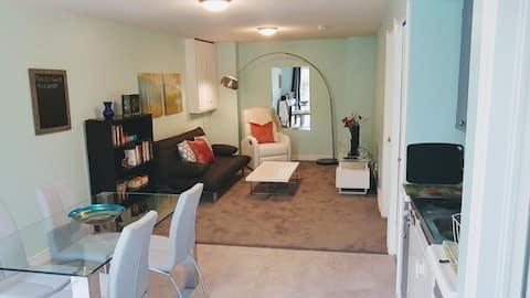 Attractive apartment near Western University