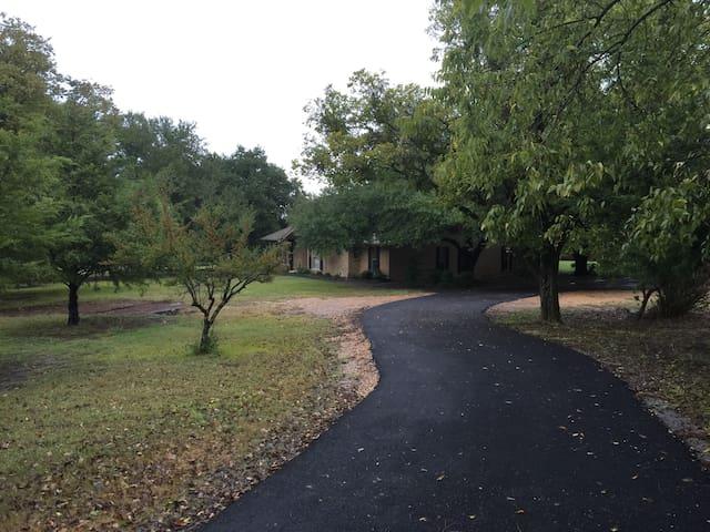 Secluded, Peaceful & Calming Estate Escape