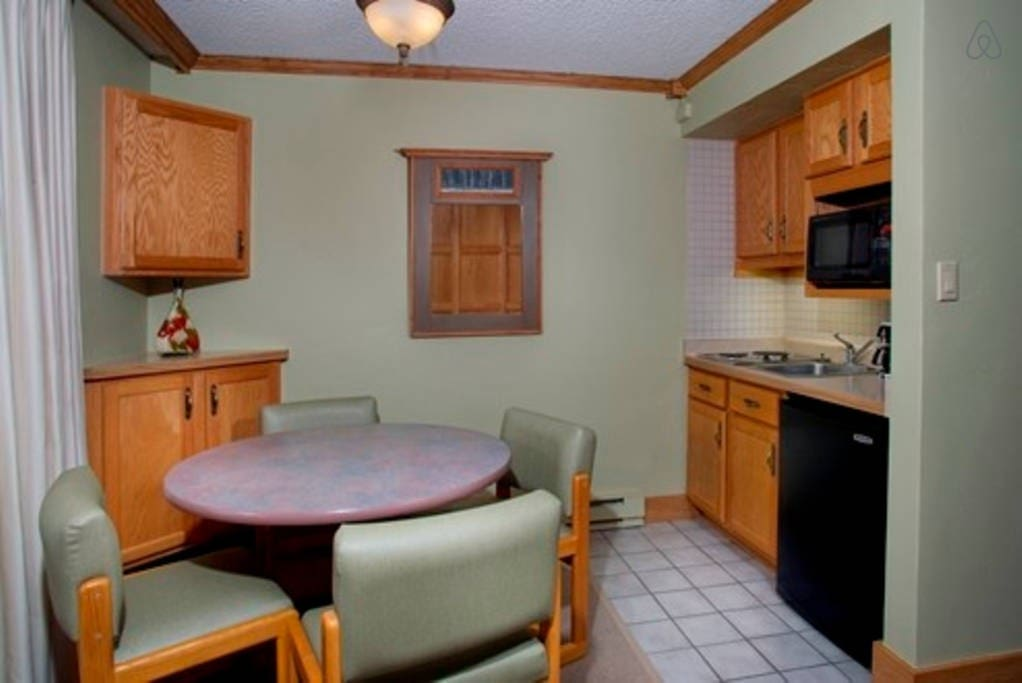Prepare meals from the kitchenette of your room