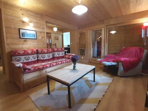 Appartement chaleureux avec Sauna dans chalet