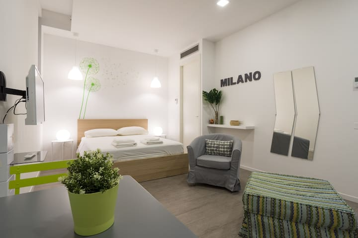 Studio with all modern comforts in Milan!