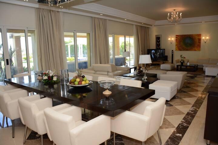 Luxurious villa inside 5 stars Hotel