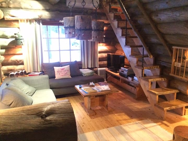 UKKELO Greylog cottage at Levi skiresort