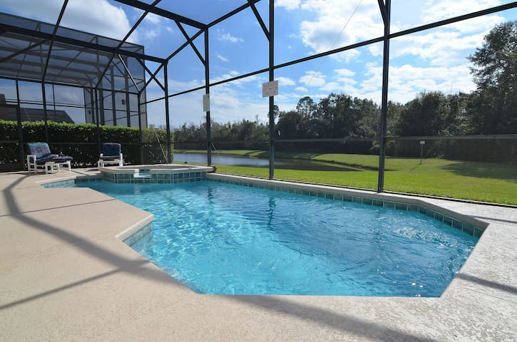 6 bedroom pool/spa home near Disney. Pet friendly. - Kissimmee - Maison